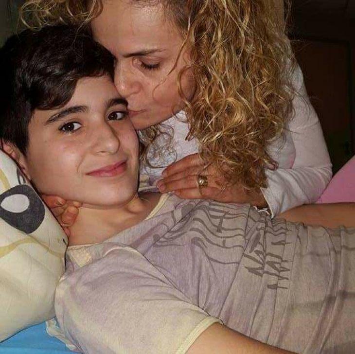 Συγκλονίζει η επιστολή μιας μητέρας: Γράφει στο παιδί της που έδωσε μάχη με τον καρκίνο