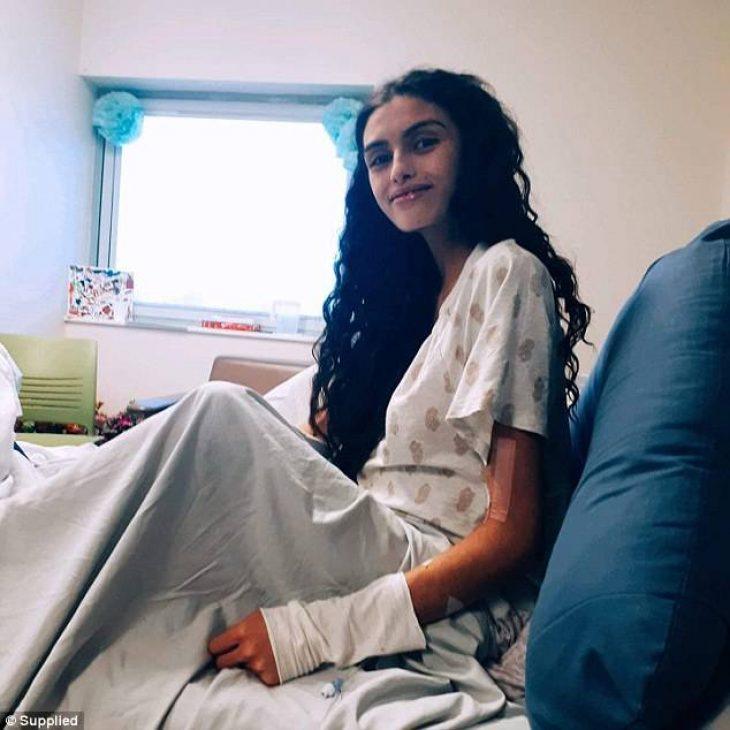 Διαγνώστηκε με επιθετική λευχαιμία και αποφάσισε να ζήσει το μωρό της και να πεθάνει η ίδια – Μόλις 18χρονών η έγκυος γυναίκα