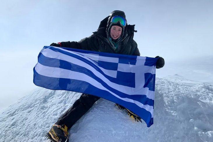 Χριστίνα Φλαμπούρη: Η πρώτη Ελληνίδα που κατέκτησε τις 7 ψηλότερες κορυφές κάθε ηπείρου