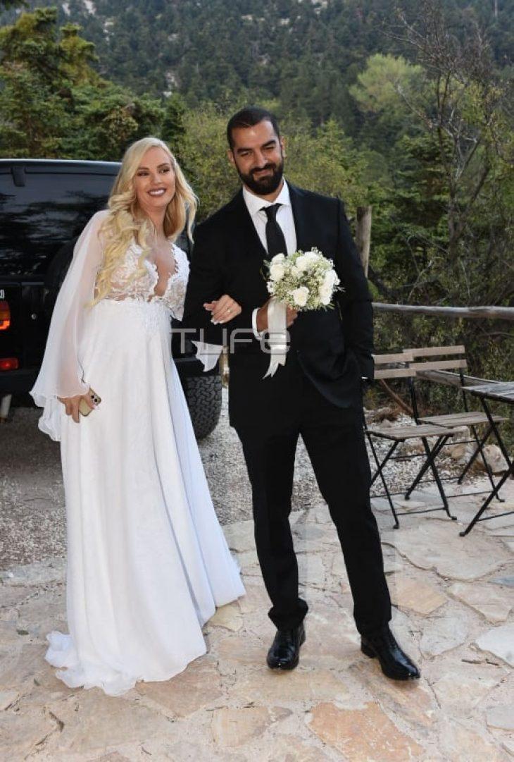 Παντρεύτηκαν λίγο πριν γίνουν γονείς οι Τζούλια Νόβα – Μιχάλης Βιτζηλαίος