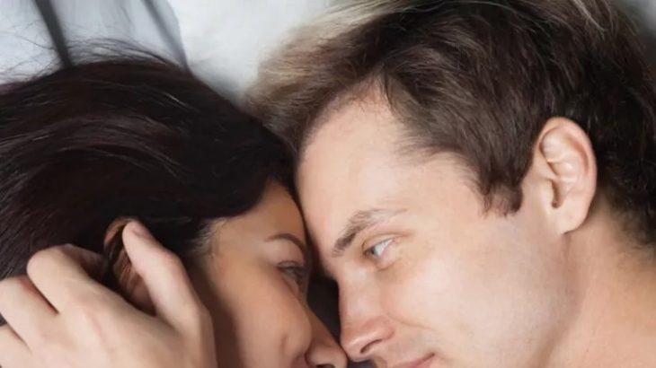 Εξομολόγηση: «Αν θες να κάνουμε έρωτα, πρώτα θα κάνεις το τεστ. Μην κολλήσουμε και τίποτα!»