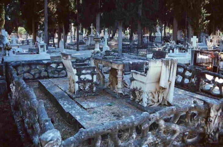 Οικογενειακή τραγωδία: «Τους σκότωσε ένα σαμιαμίδι»