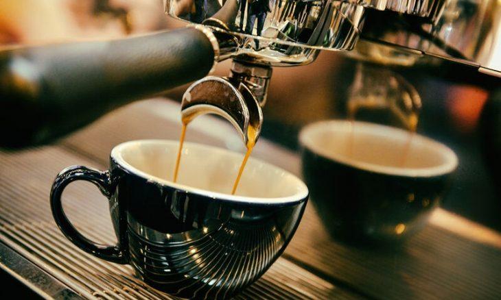 Καφές: Πικρός και πανάκριβος μετά τις ανατιμήσεις
