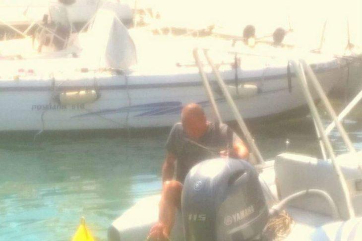 Έκλεψαν το φουσκωτό σκάφος του Γιάνη Βαρουφάκη στην Αίγινα