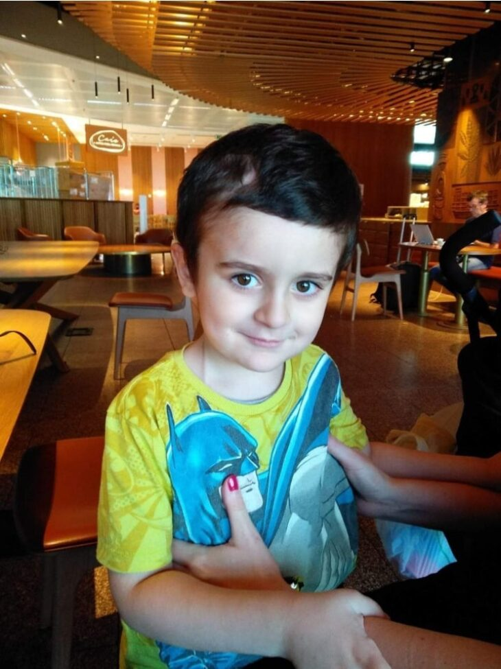 Ευχάριστα νέα για τον 5χρονο Άγγελο: Νίκησε τον καρκίνο και επέστρεψε σπίτι του