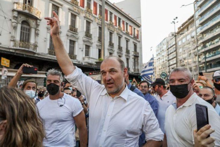 Καταδικάστηκε σε σε αναστολή επαγγέλματος ο αρνητής ιατρός Φαίδων Βόβολης