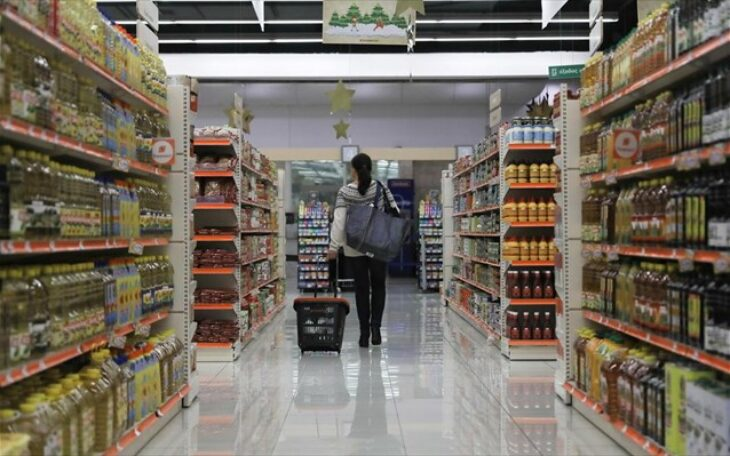 Δικαιώθηκε στο δικαστήριο: Απέλυσαν εργαζόμενη super market «στήνοντας» της κλοπή