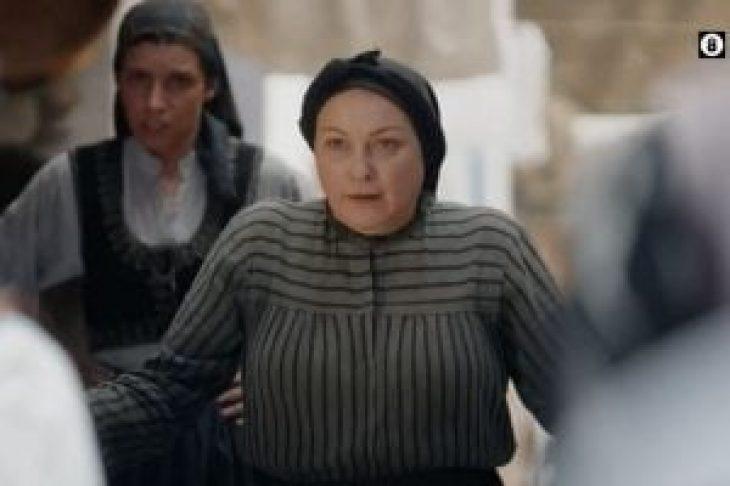 «Υπόκλιση» στο twitter για την Ρένια Λουιζίδου – Εκπλήσσει η σειρά της ΕΡΤ, «Βαρδιάνος στα σπόρκα»